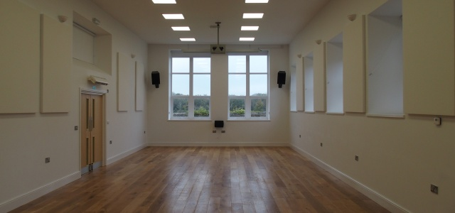 large committee room at yr hen ysgol dinas
